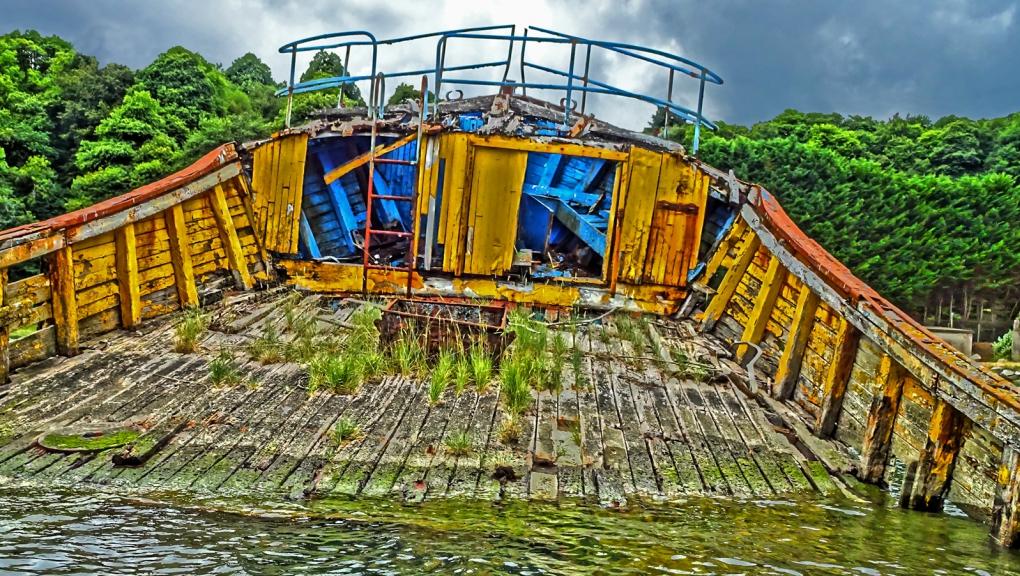 Cimetière de bateaux de Kerhervy - Lanester (56) © Thierry Joyeux