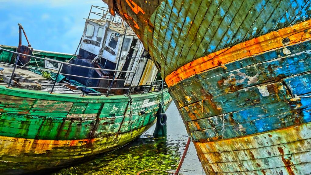 Cimetière de bateaux de Camaret (29) © Thierry Joyeux