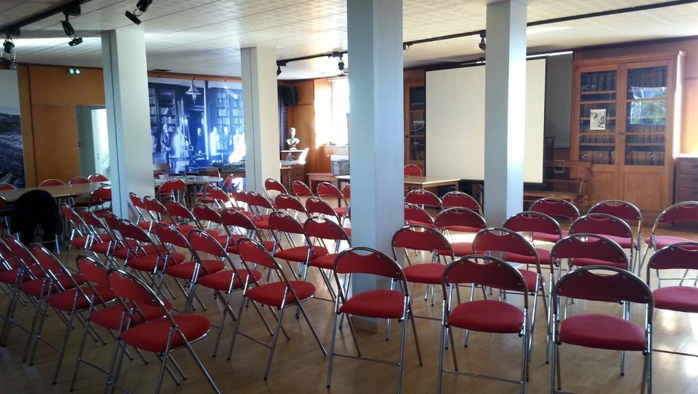Salle de conférences de la Station marine de Concarneau © MNHN